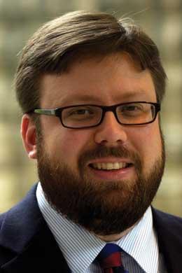 Dr. Shane Berg headshot