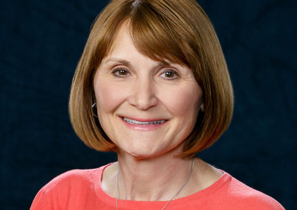 Gretchen Wilson Headshot