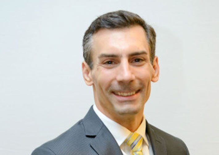 Dr. Ryan Bonfigilo Headshot